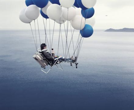 balloonchairblue.jpg