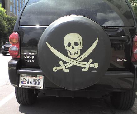 pirateliscs.jpg