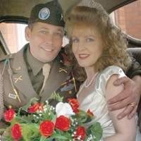th1_17920074940s-wedding.jpg
