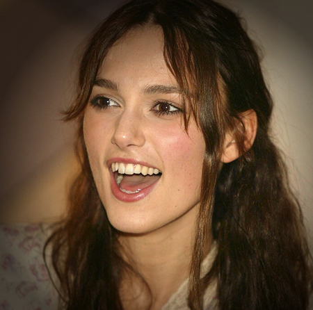 Keira Knightley and Teeth | BagOfNothing.com