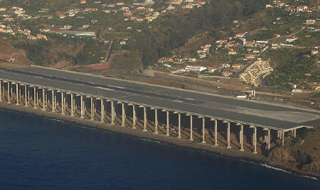 runwaypillar3.jpg