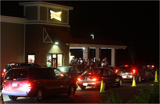 Sonic-Burger-Drive-in__1252502257_9037